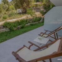 Courtyard-Akrotiri-Hotel-Vasiliki-Lefkada-10