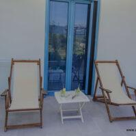 Courtyard-Akrotiri-Hotel-Vasiliki-Lefkada-11