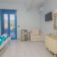 Triple-Room-Akrotiri-Hotel-Vasiliki-Lefkada-02